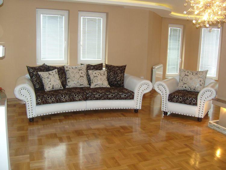 Nice Big Sofa Inkl. Sessel Im Kolonialstil